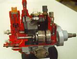 Vista interior de la bomba de inyección Denso con todos sus componentes.
